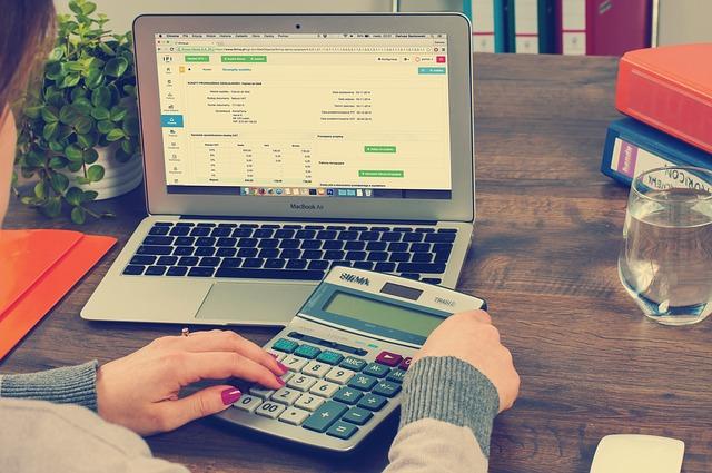メールレディの副業の税金はどうすべき?給与所得・事業所得別の2パターンで解説!【チャトレ・テレレも】3